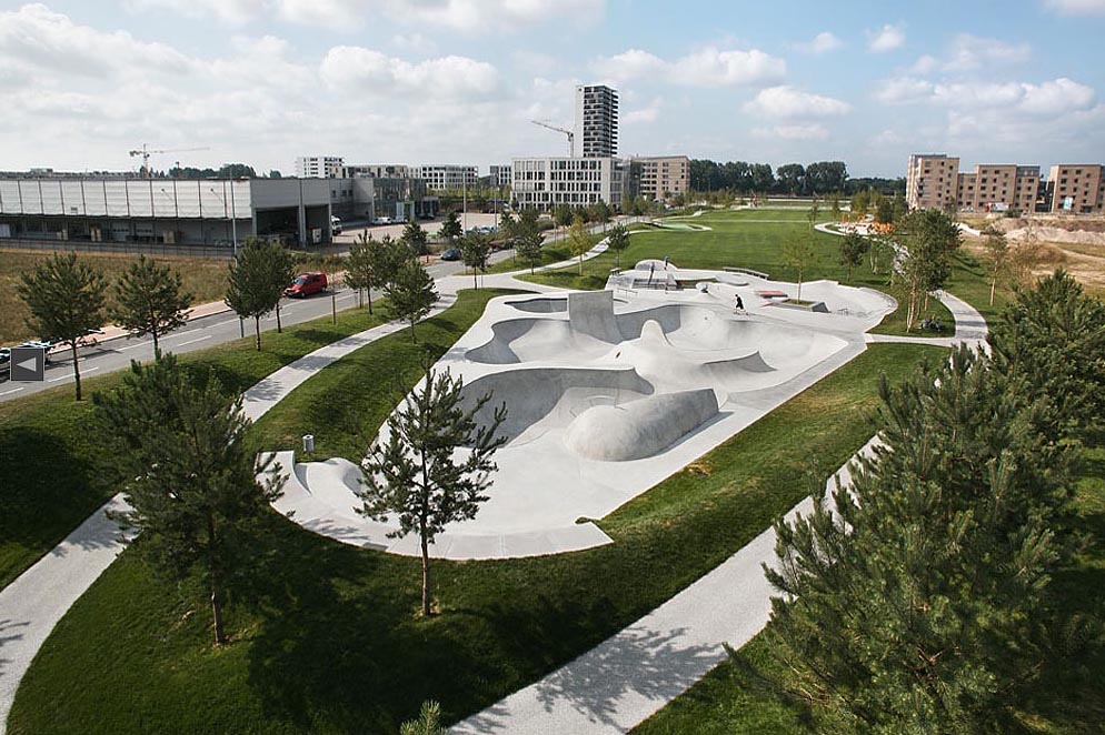 BREMEN, Skaterpark, Überseestadt,Totale, looking south-west, 31.07.2014