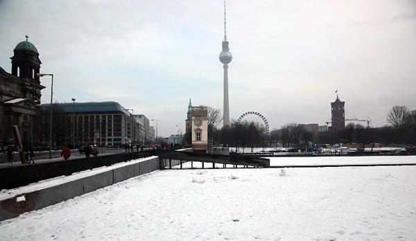 Schlossplatz, Ort der List, 14.12.2012