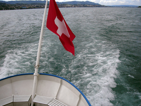 ZÜRICHSEE, looking north, 21.08.2006