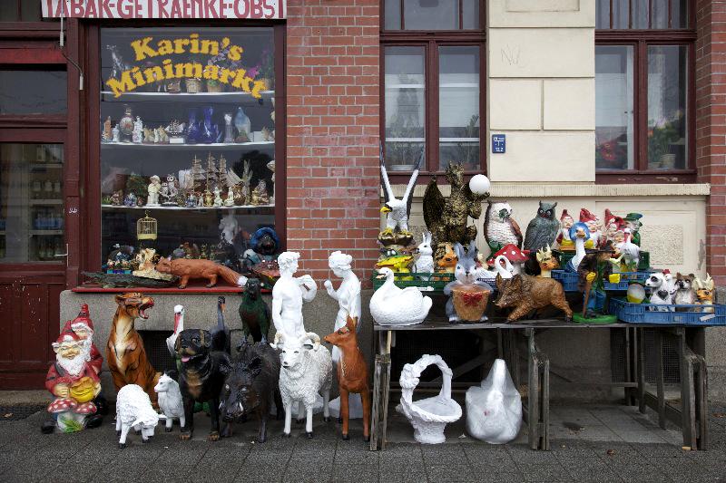 LEIPZIG, KARINS' MINIMARKT, TABAK - GETRÄNKE - OBST, 12.04.2012