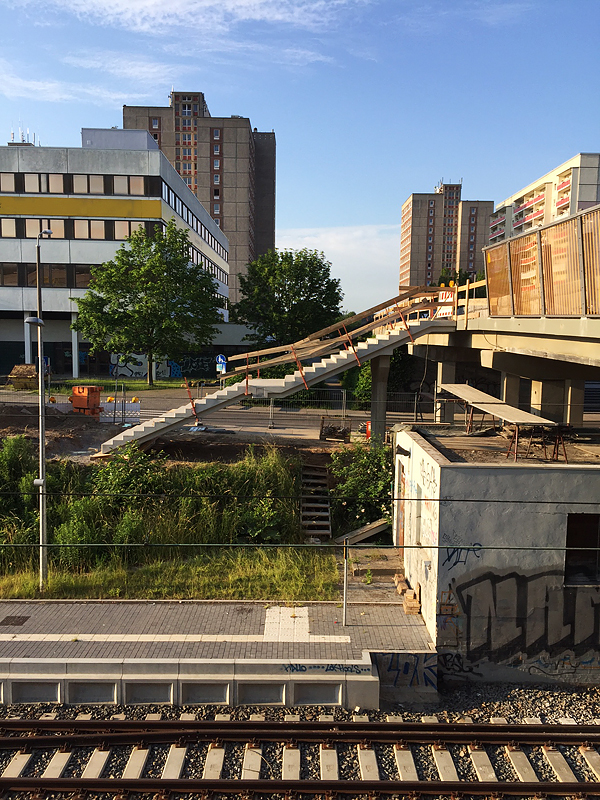 Grünau, Lufttreppe ohne Handgelenk, i-phoneography, 08.06.2016