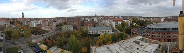 LEIPZIG, Heaven up here, wunderbare Freiheit des Blicks, Plagwitz looking east, 17.10.2013