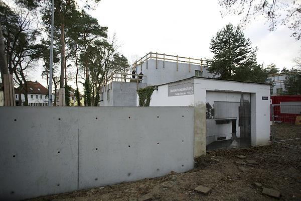 DESSAU, Neue Meisterhäuser, GARAGE GROPIUS, Detail, Ansicht nach Westen, 04.12.2012