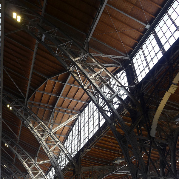 LEIPZIG, Hauptbahnhof, am Gleis 24, 24.01.2013
