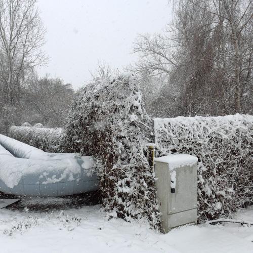 Leipzig, eine verschneite Heizschlange, 19.02.2013