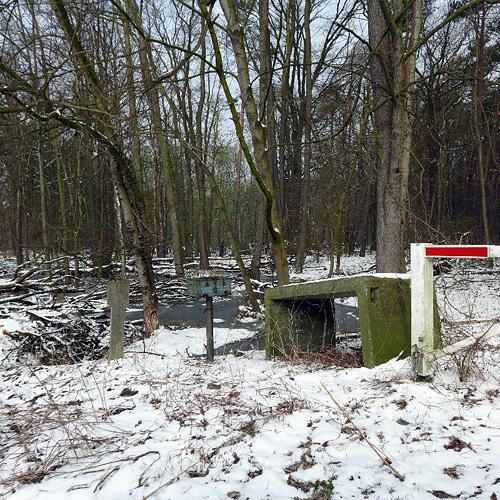 Dessau-Rosslau, EinfahrtSperre und Schlüssel-Box, 14.03.2013