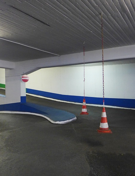 Parkgarage, blue-white-green, 07.11.2014
