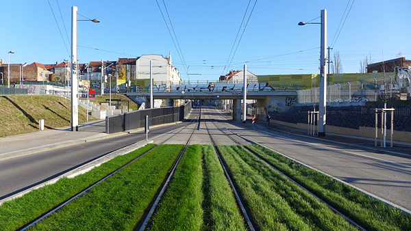 LEIPZIG, LÜTZNER STR, LVB-Stadtbahnlinie 15, looking eest, 23.11.2014