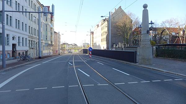 LEIPZIG, LÜTZNER STR, LVB-Stadtbahnlinie 15, looking west, 23.11.2014