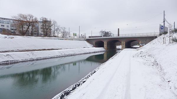 LEIPZIG, Hafenbecken-Neu, am Wassertorplatz, KANAL Anschluss, looking south-east, 05.02.2015