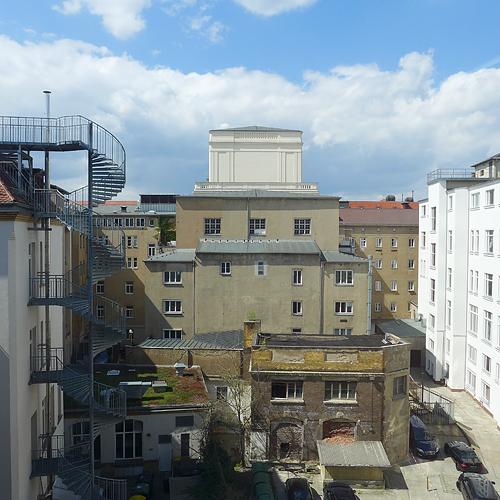 LEIPZIGER SCHAUSPIELHAUS, Logenplatz, vis-à-vis G2 KUNSTHALLE, 30.04.2015