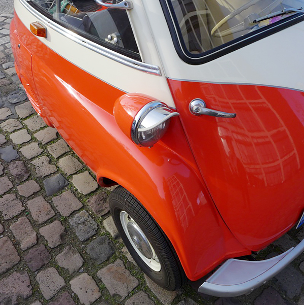 today's look is: BMW-ISETTA, a good pitch foraveryday, 10.05.2015