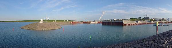 KAP ZWENKAU, Kraftwerk vis-ávis, so leicht kommt man zurück in den Hafen, looking south-east,  LEICA-PANO-VIEW, 14.05.2015