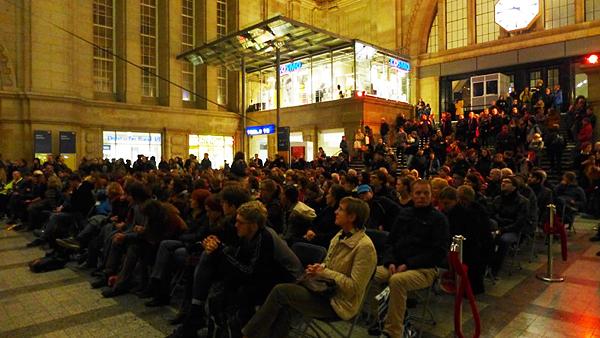 LEIPZIG, Zuschauer der Uraufführung, Osthalle, DOKFILM'15, 26.10.2015