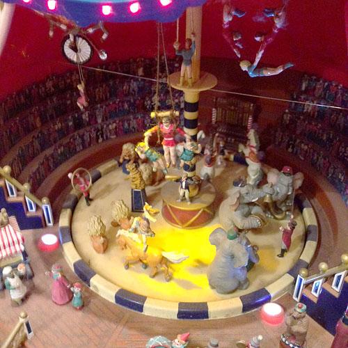 LEIPZIG, Circus aus dem Koffer, 21.01.2014