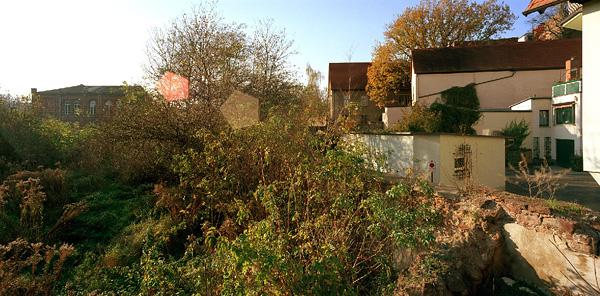 Eisleben, Vikariat-Innen, brachliegendes, 01.11.2006